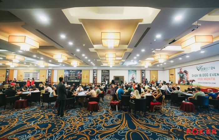 Artemis Poker Classic - кэш-столы.jpg